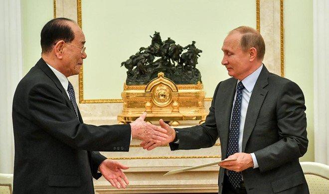 Lanh dao Trieu Tien Kim Jong-un gui thu tay toi Tong thong Putin hinh anh 1