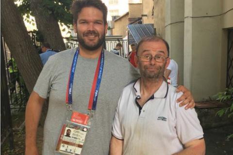 Vuot 3.000 km toi Nga xem World Cup, ngo nguoi phat hien quen ve o nha hinh anh 1
