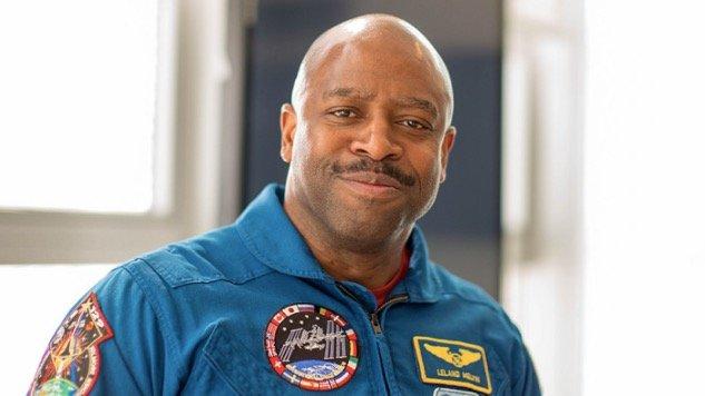 Phi hanh gia NASA tin rang da cham tran voi nguoi ngoai hanh tinh hinh anh 1