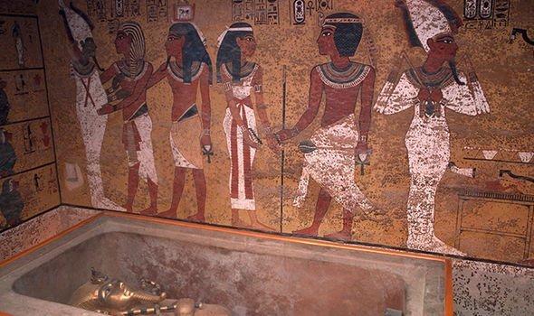 Loi nguyen trong lang mo Pharaoh Tutankhamun khien 22 nguoi chet bi an? hinh anh 1