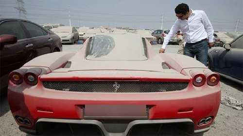 Hon 2.000 xe sang bi vut bo moi nam o Dubai hinh anh 1