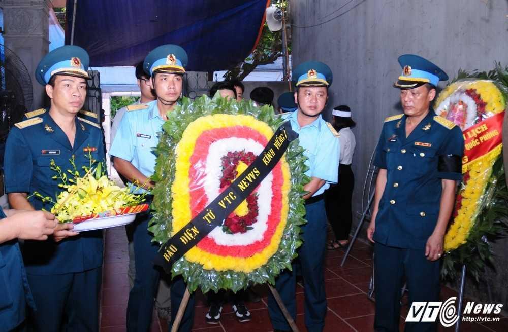 Bo phi cong Tran Quang Khai: 'Bay gio Khai mai mai la cua bau troi roi' hinh anh 4
