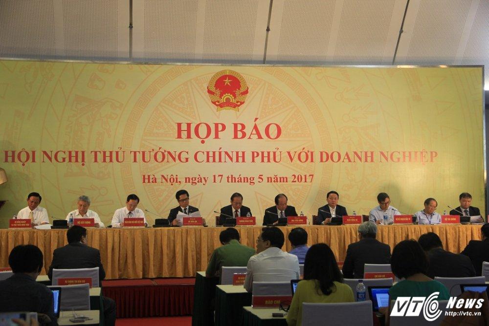 Chu nhiem Van phong Chinh phu: Xoa bo moi dinh kien, rao can voi kinh te tu nhan hinh anh 1