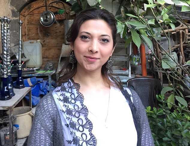 Phu nu Syria va noi kho thieu hut dan ong tram trong do chien tranh hinh anh 1