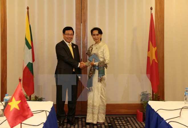 Pho Thu tuong Pham Binh Minh hoi kien ba Aung San Suu Kyi hinh anh 1
