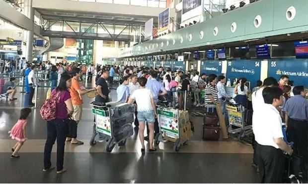Su co thong tin Noi Bai, Tan Son Nhat: Anh huong den lam thu tuc bay ra sao? hinh anh 1