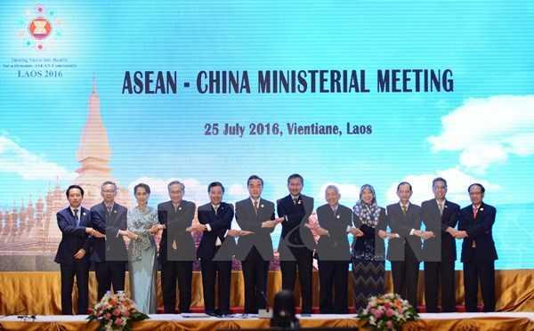 Trung Quoc-ASEAN tai khang dinh giai quyet tranh chap bang doi thoai hinh anh 1
