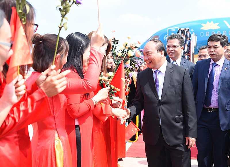 Thu tuong gap go than nhan cuu co van Trung Quoc tung giup do Viet Nam hinh anh 1