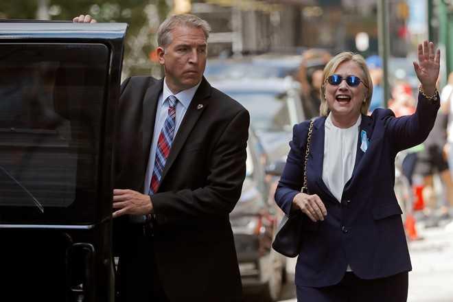 Ba Clinton tran tinh ve su co ngat xiu trong le 11/9 hinh anh 1