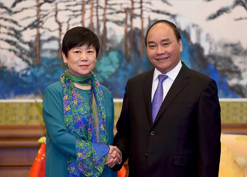 Thu tuong tiep Hoi Huu nghi doi ngoai nhan dan Trung Quoc va Hoi Huu nghi Trung-Viet hinh anh 1