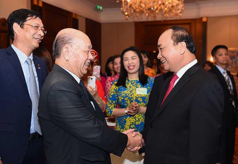 Thu tuong tham Tong Lanh su quan, dai dien cong dong nguoi Viet tai Hong Kong va Macau hinh anh 1