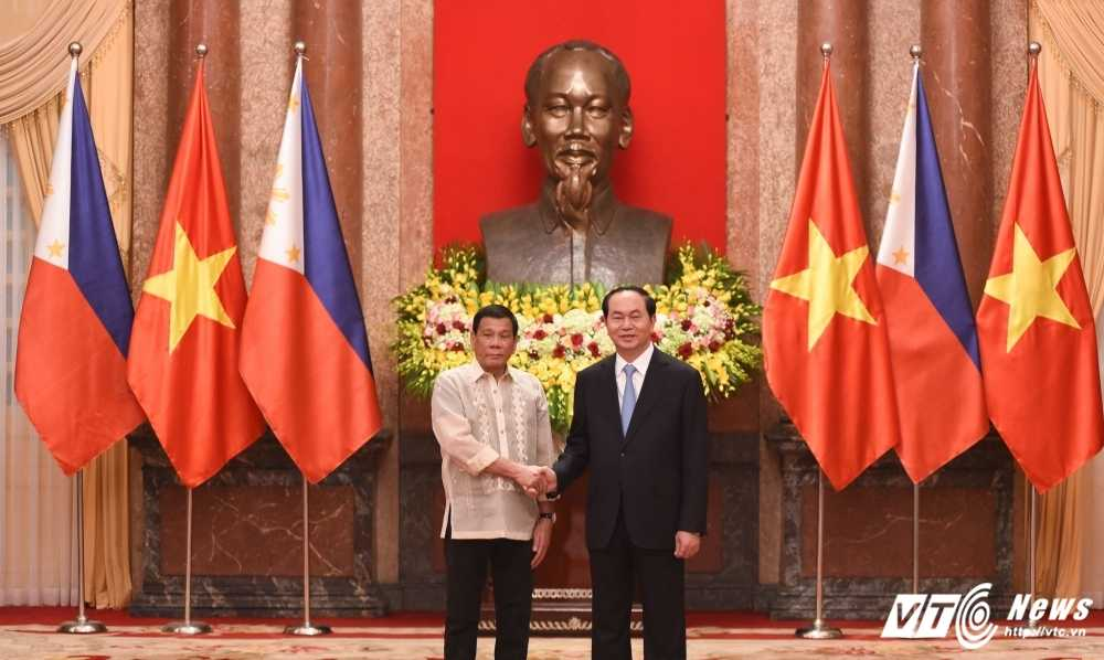Viet Nam, Philippines cam ket duy tri va thuc day hoa binh, on dinh o Bien Dong hinh anh 1