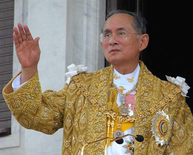 Quoc vuong Bhumibol Adulyadej, vi thanh song cua nhan dan Thai Lan hinh anh 1