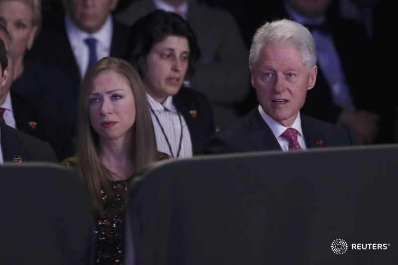 Ket qua tranh luan bau cu Tong thong My lan 3: Clinton goi Trump la con roi cua Putin hinh anh 3