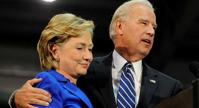 Truoc them bau cu, ba Clinton hung 'don' nang tu FBI hinh anh 2