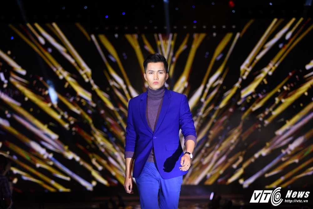 Dem thoi trang Phan Nguyen: Phong cach tre trung lich lam len ngoi hinh anh 13