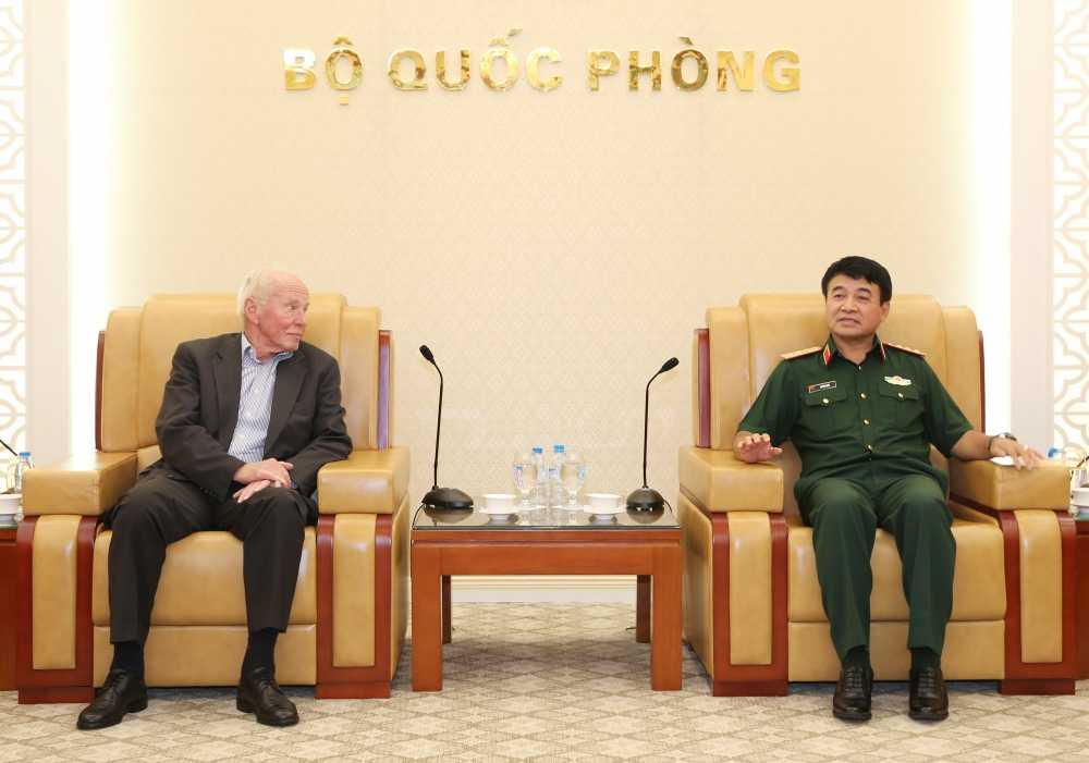 Thuong tuong Vo Van Tuan tiep doan Quan doi Duc hinh anh 1