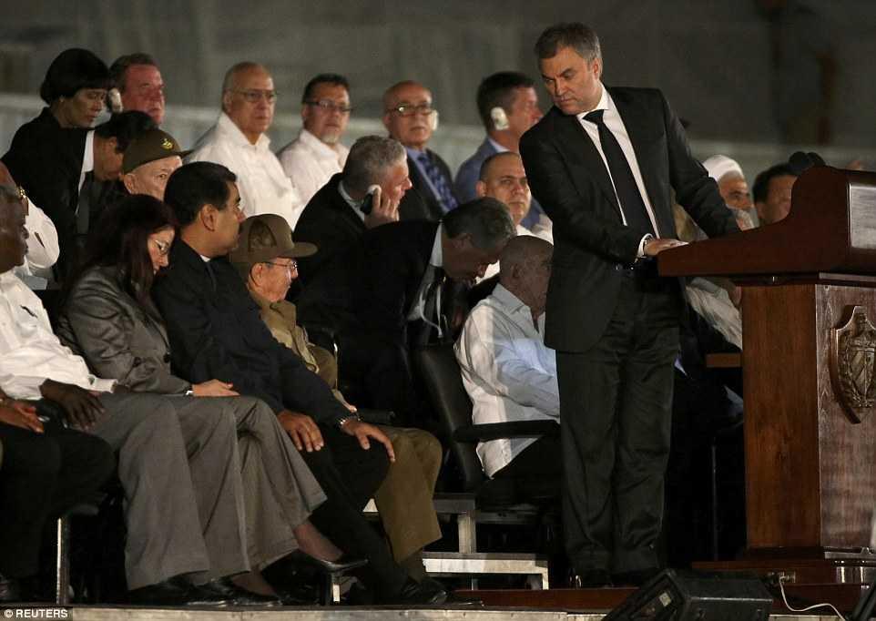 Hang chuc ngan nguoi tham gia le tuong niem lanh tu Fidel Castro tai Havana hinh anh 11
