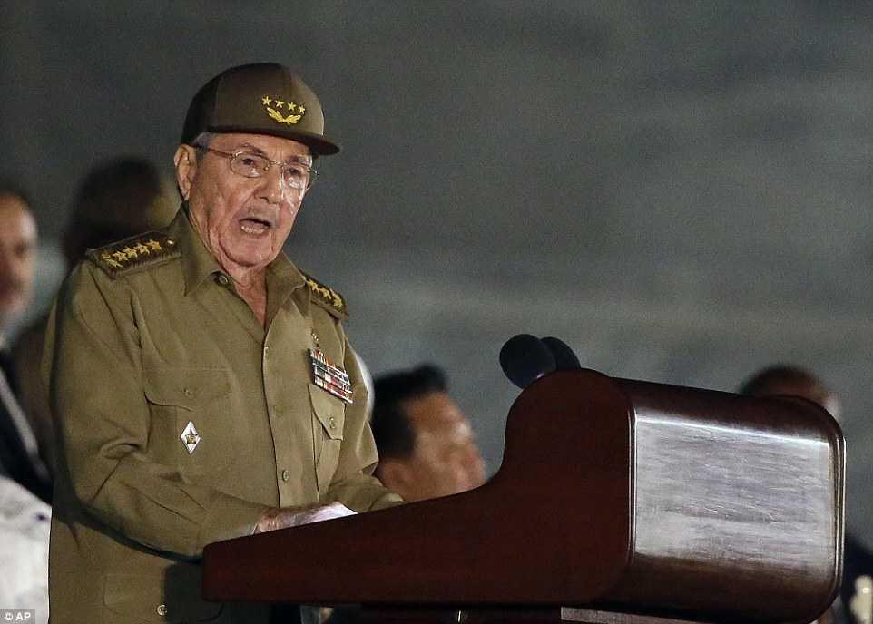 Hang chuc ngan nguoi tham gia le tuong niem lanh tu Fidel Castro tai Havana hinh anh 3