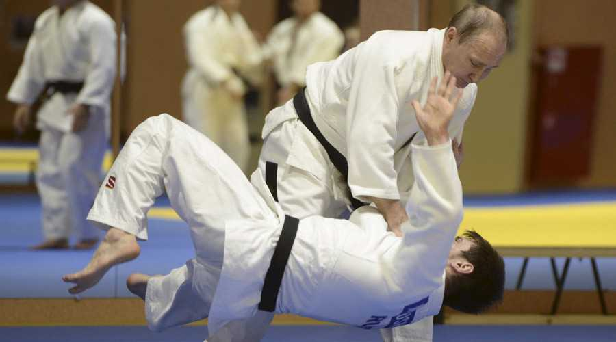 Tong thong Putin muon gap 'moi tinh dau' trong chuyen tham Nhat Ban hinh anh 1