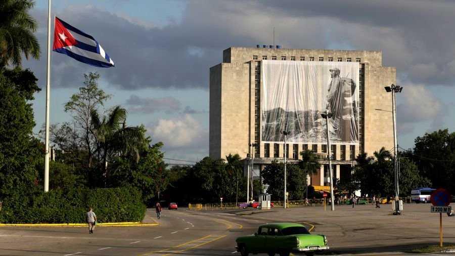 Cuba ra luat cam dung ten co lanh tu Fidel Castro dat ten duong pho, danh hieu hinh anh 1