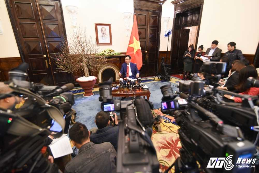 Thu tuong moi ong Donald Trump tham Viet Nam, du APEC 2017 hinh anh 2