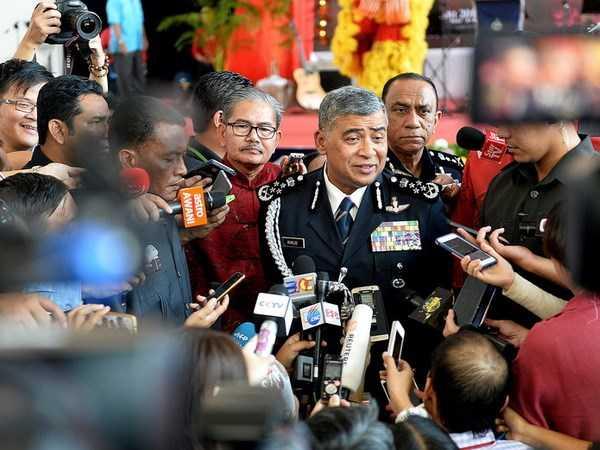 Malaysia truy tim nguon goc chat doc tren nguoi ong Kim Jong-nam hinh anh 1