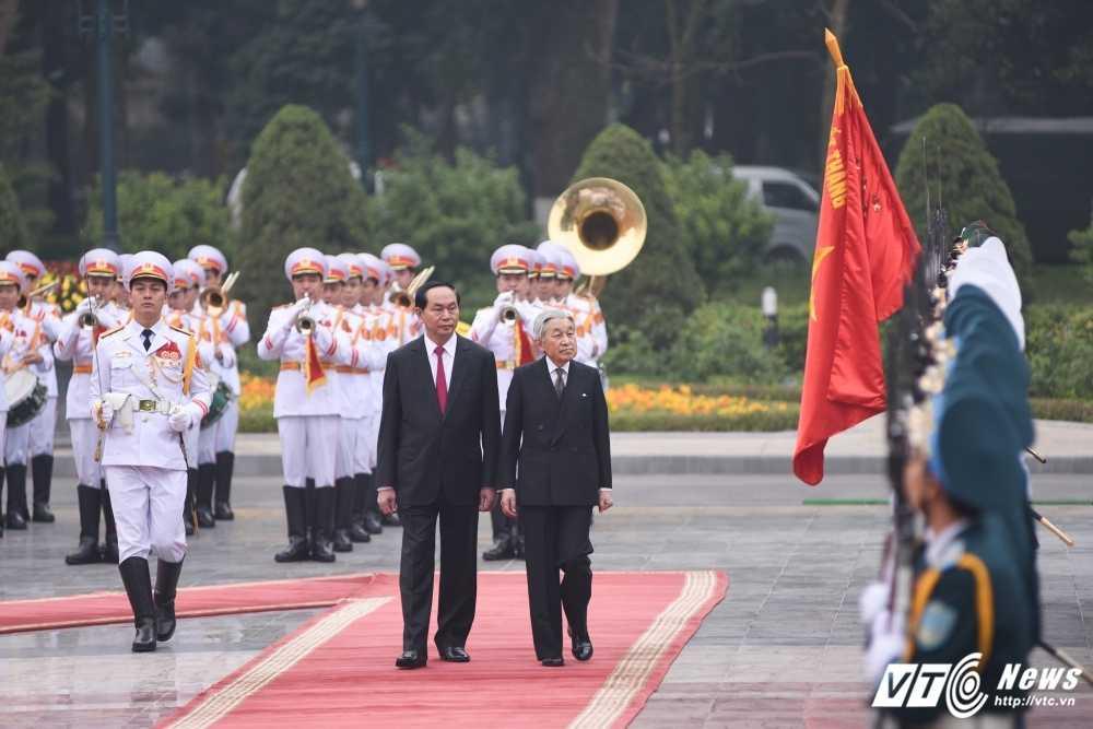 Anh: Le don Nha vua va Hoang hau Nhat Ban hinh anh 4