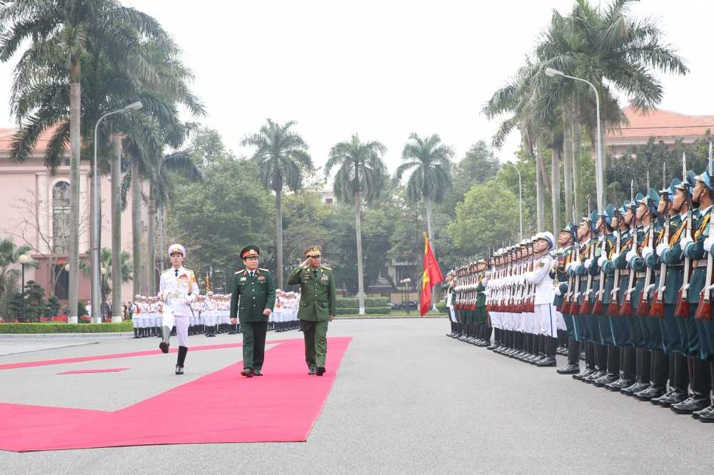 Tong tu lenh cac Luc luong vu trang Myanmar tham Viet Nam hinh anh 1