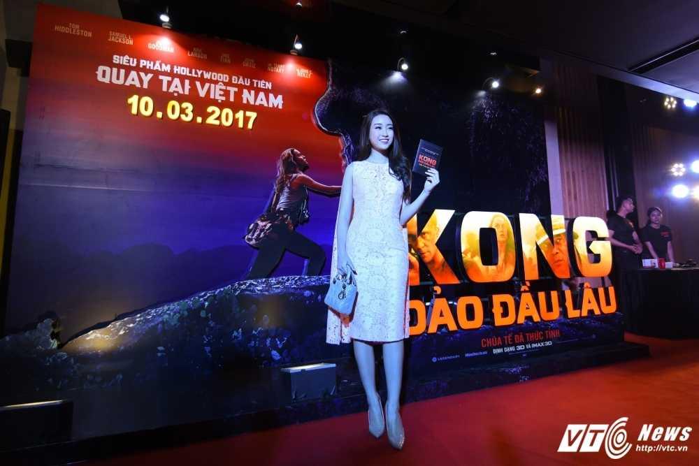 Hoa hau My Linh, Dai su My Ted Osius choang ngop truoc bom tan 'Kong: Skull Insland' hinh anh 3