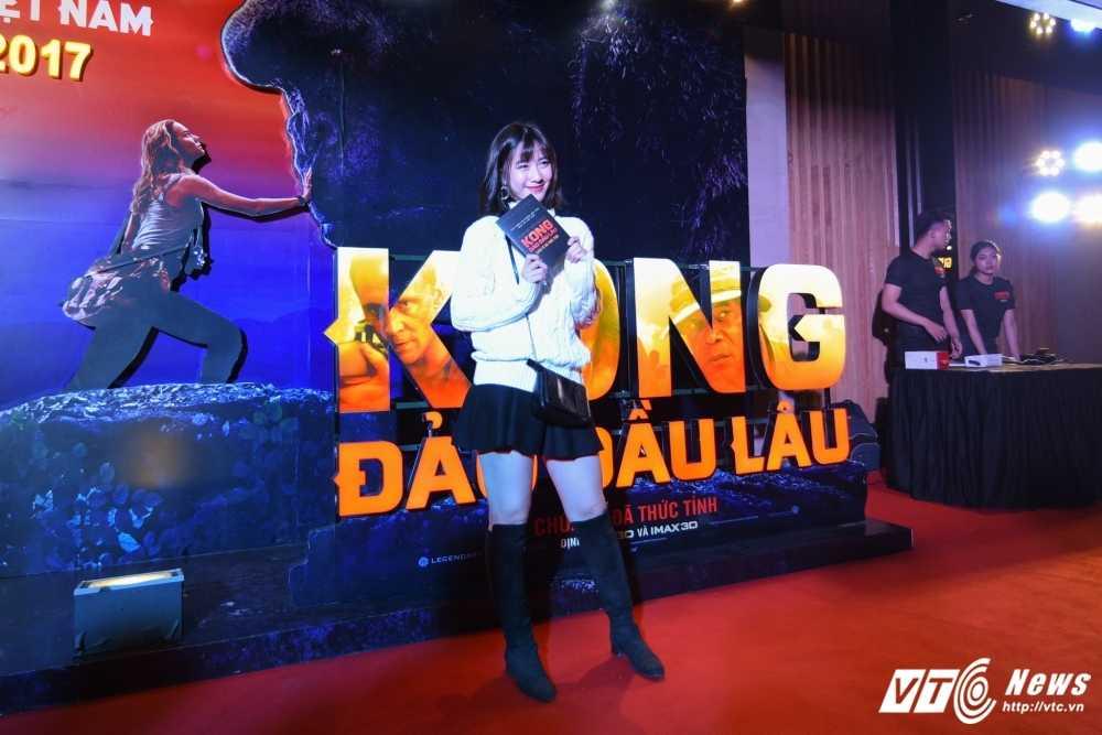 Hoa hau My Linh, Dai su My Ted Osius choang ngop truoc bom tan 'Kong: Skull Insland' hinh anh 11
