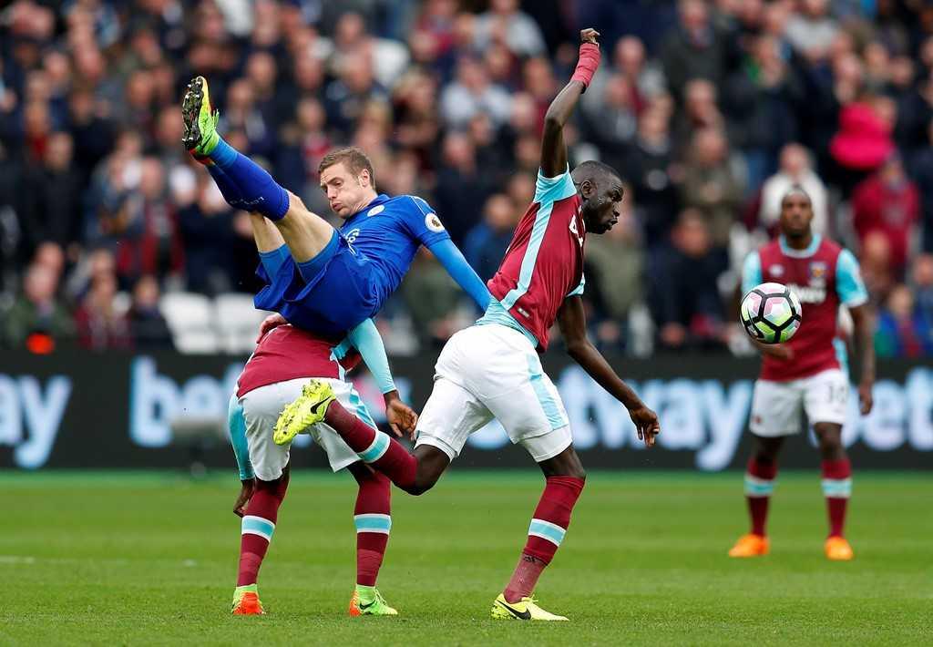 Leicester thang tran thu tu lien tiep sau khi thay huan luyen vien hinh anh 2