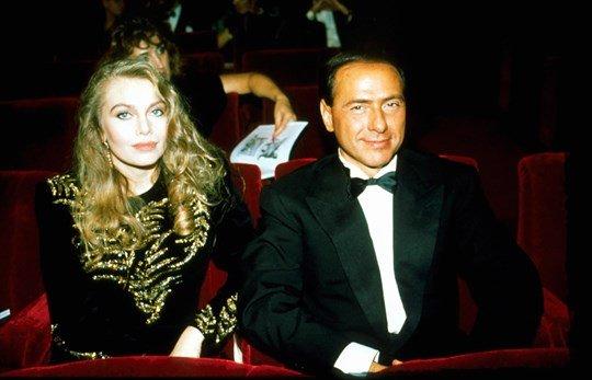 Berlusconi, mot tay vui dap bao doi my nhan hinh anh 2