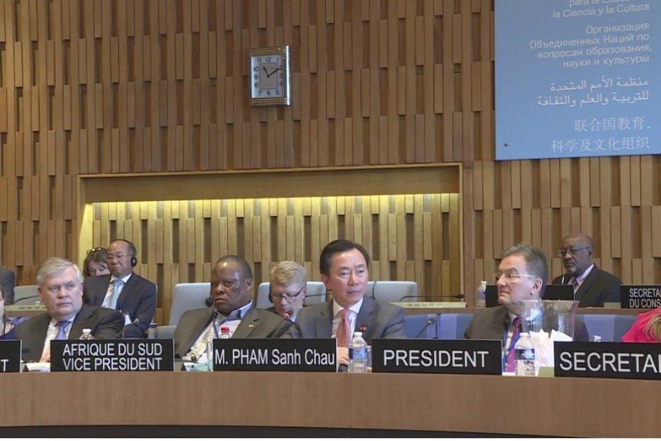 Dai su Pham Sanh Chau tra loi phong van cho vi tri Tong Giam doc UNESCO hinh anh 9