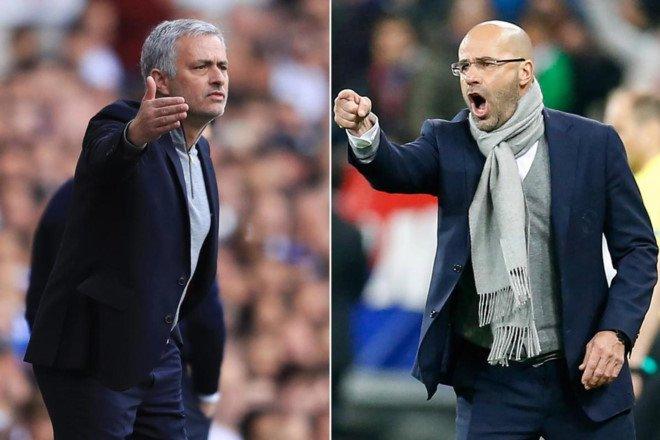 HLV cua Ajax: 'Mourinho hay thoi do loi cho lich thi dau' hinh anh 1