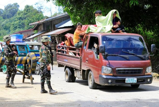 Phien quan than IS khien hang nghin nguoi Philippines so tan hinh anh 1