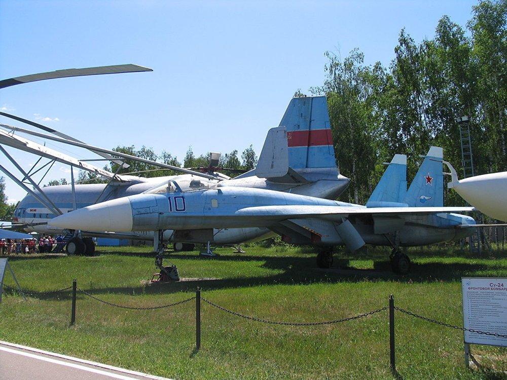 40 nam lich su cua 'Chua te bau troi' Su-27 hinh anh 2