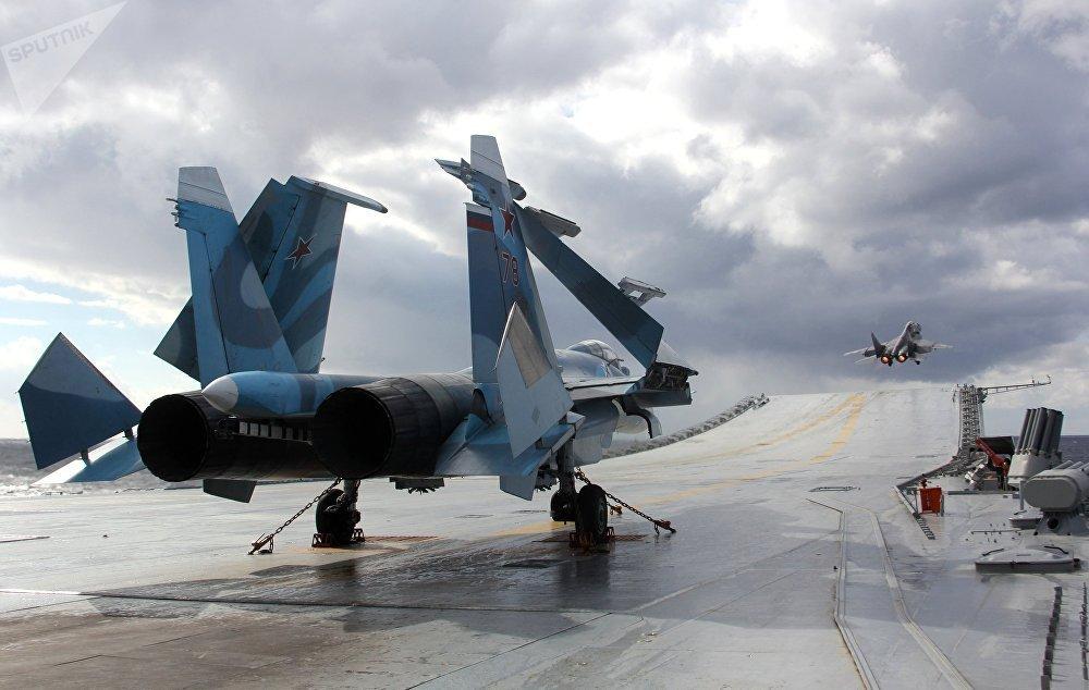 40 nam lich su cua 'Chua te bau troi' Su-27 hinh anh 5