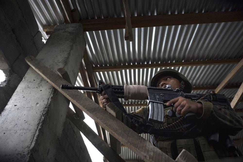 Nhung ten khung bo o tuoi thieu nien tai Marawi hinh anh 1
