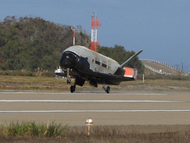 SpaceX se lan dau phong tau vu tru bi an X-37B hinh anh 1