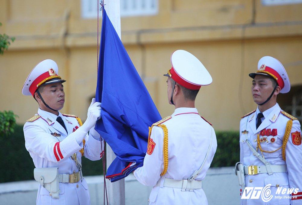 Le thuong co ASEAN tai Ha Noi hinh anh 2