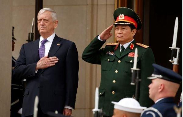 Lau Nam Goc: Tau san bay My tham Viet Nam vao nam toi hinh anh 1