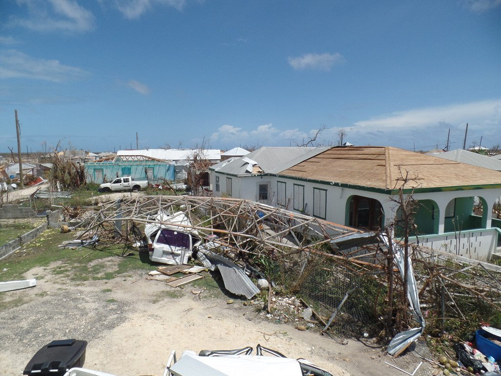 Vua bi Irma tan pha, Caribe lai gong minh don sieu bao moi hinh anh 10