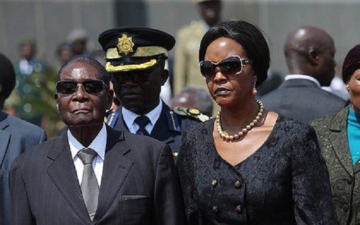 Ky nguyen Mugabe sap ket thuc, bat on Zimbabwe duoc giai quyet? hinh anh 1