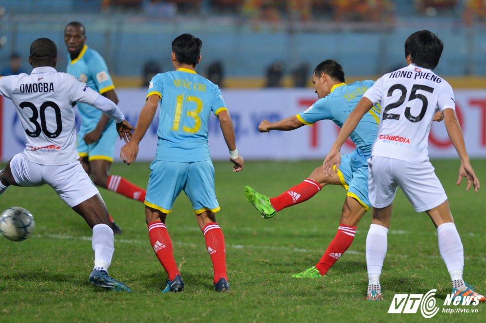Mua ban thang tren san Hang Day trong tran mo man Mekong Cup 2017 hinh anh 16