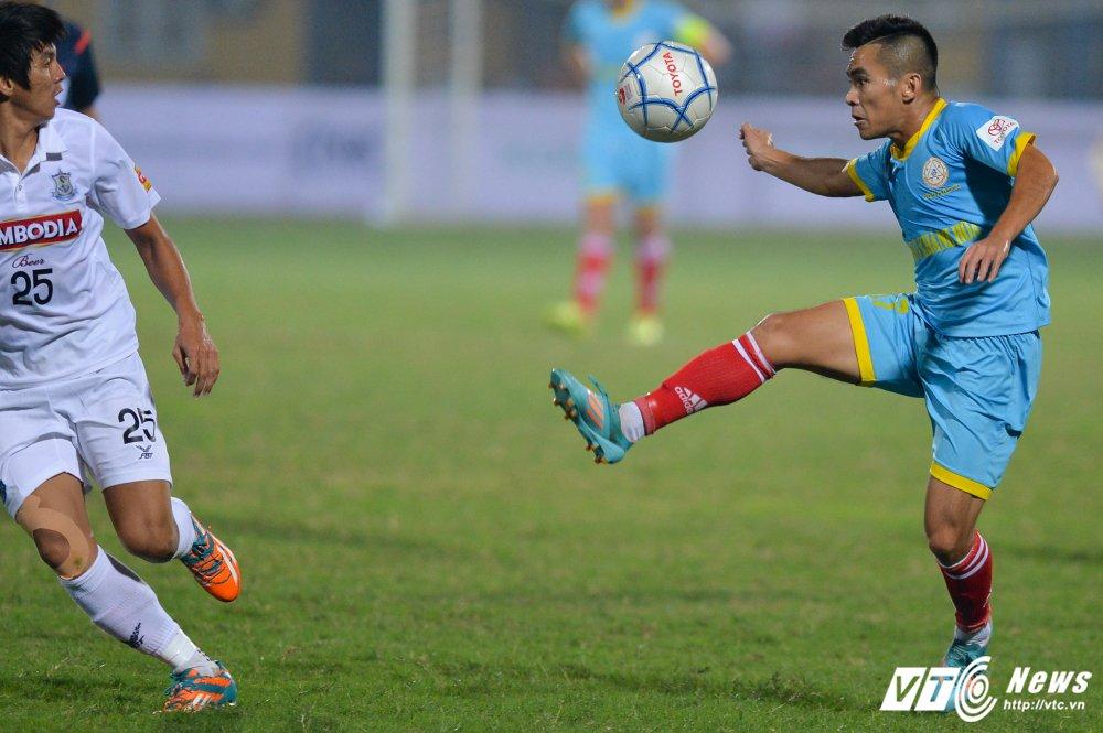 Mua ban thang tren san Hang Day trong tran mo man Mekong Cup 2017 hinh anh 14