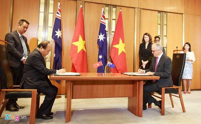 Thu tuong Viet Nam - Australia ky tuyen bo doi tac chien luoc lich su hinh anh 2
