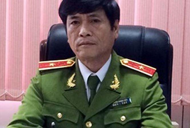 Ong Nguyen Thanh Hoa nhan bao nhieu tien tu 'trum' co bac? hinh anh 1