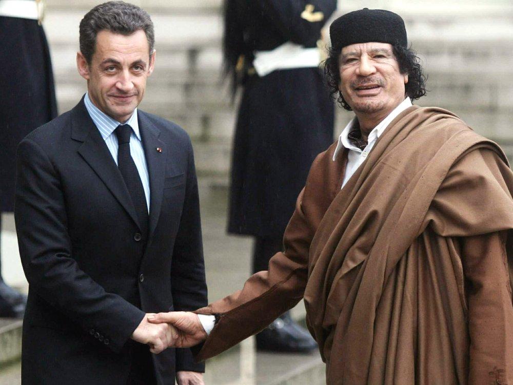 Bao Anh: Gaddafi bi mat vu Phap giet theo lenh cuu Tong thong Nicolas Sarkozy hinh anh 1
