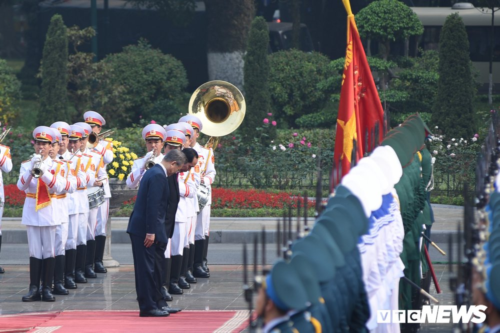 Anh: Le don Tong thong Han Quoc Moon Jae-in hinh anh 4